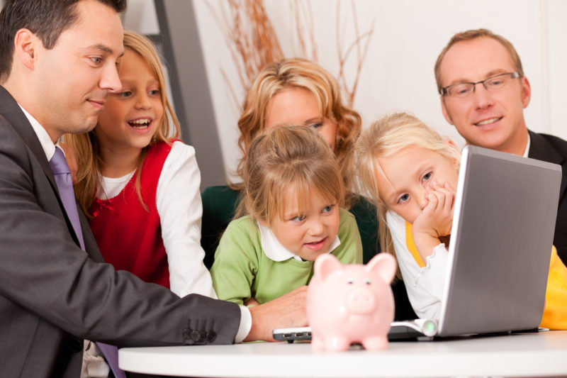8 family finance tips to have more money