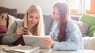 Should you give your teenager a credit card?